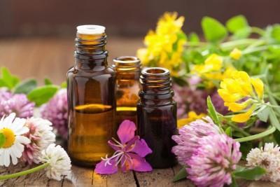 Изучаем, какое масло для лица лучше и в каких случаях применять?
