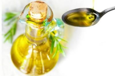 Особенности правильного применения льняного масла: инструкция