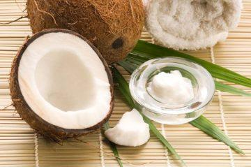 Как наносить кокосовое масло на волосы правильно и разумно
