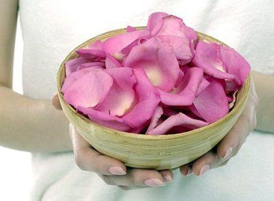 Как приготовить масло из лепестков роз в домашних условиях