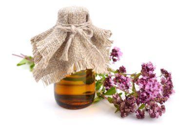 Масло орегано и цветы душицы