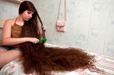 Длинные волосы, благодаря персиковому маслу